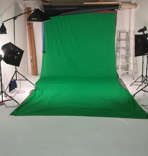Photo Studio (b)